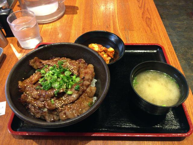 御徒町ランチ 北海道マルハ酒場で超絶うまいカルビ丼を発見!!