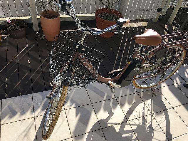 自転車がパンク!? 原因は虫ゴムの劣化でした