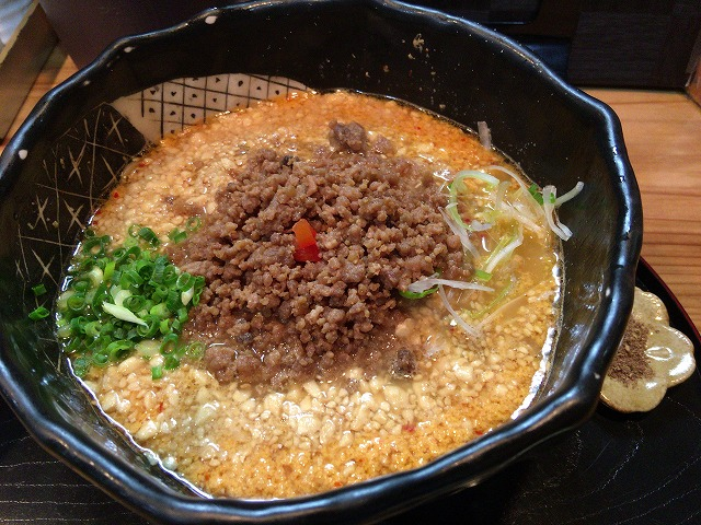 天王台「豆でっぽう」の担々麺がメチャメチャ美味かった!