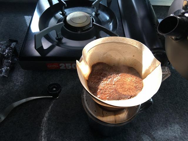 デリカD5で車中カフェ!?車内でコーヒーを淹れちゃいました♪