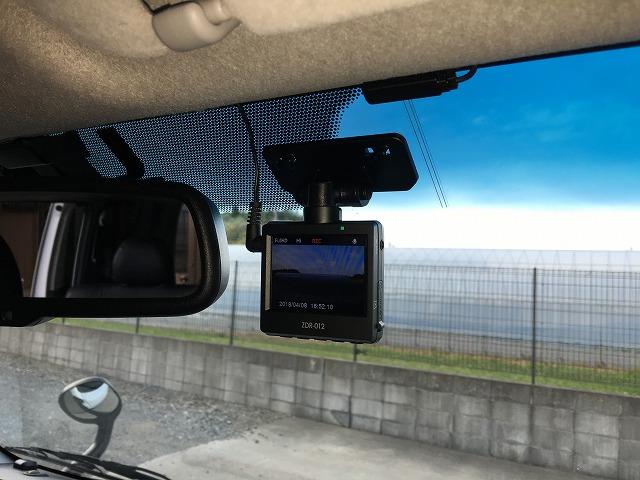 【ハイエース】コムテックドライブレコーダーZDR-012の取付け方法