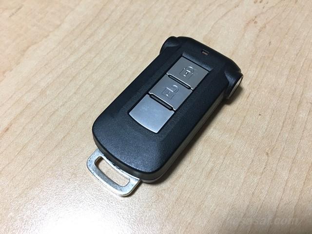 【デリカD5】スマートキーの電池の種類と交換方法は? 電波が弱くなったら交換時期かも