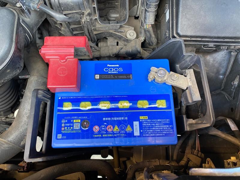 デリカD5(ガソリン2.4L)のバッテリーサイズ(適合)は?ネットで買ってDIYで交換してみよう!