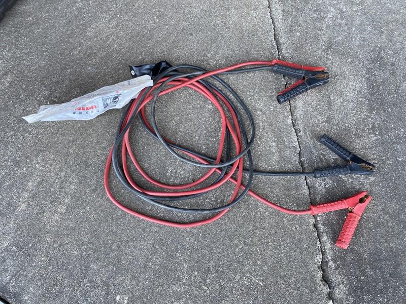 【デリカD5】バッテリー上がりの対処方法 ブースターケーブルのつなぎ方は赤赤黒黒って覚えておいて!