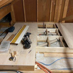 屋根裏収納DIY⑤ 床作り編