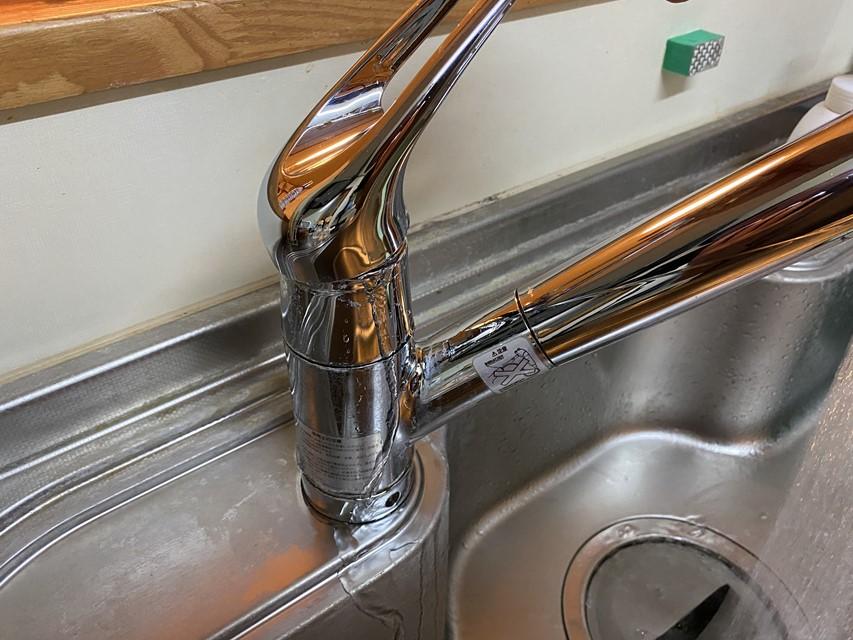 シンクの水栓(タカギみず工房 JA1031BA0N02)から水漏れ!?補修部品の注文と掃除方法
