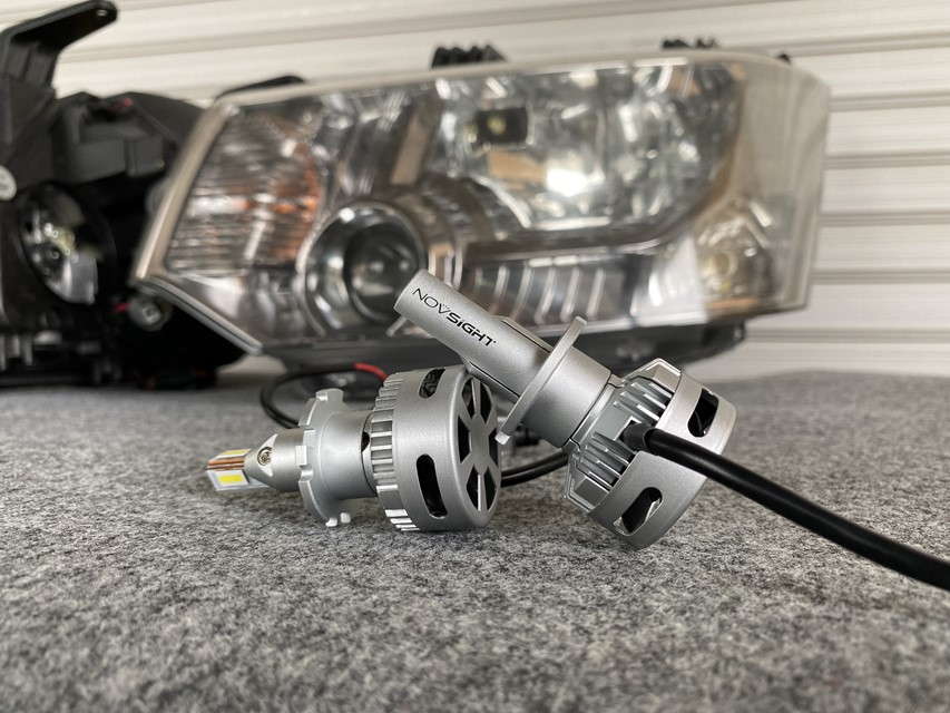 デリカD5(CV5W)ヘッドライトのロービームをHIDからLEDへ交換!